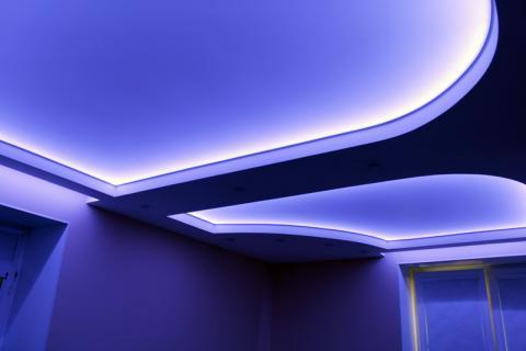 потолок из гипсокартона с скрытой подсветкой