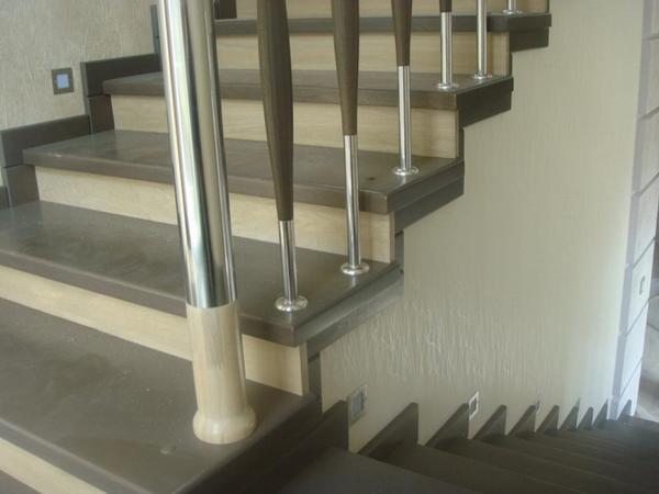 При выборе размеров ступенек не существует строгих норм, поскольку все упирается в максимальную и минимальную длину шага человека