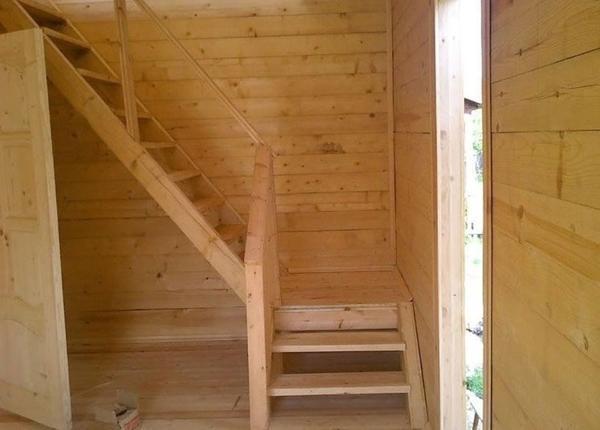 Лестницы для дачи и коттеджа