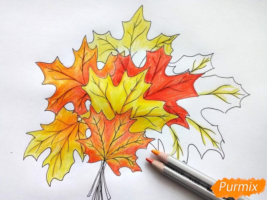 Рисуем букет из кленовых листьев - шаг 7