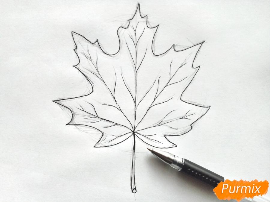 Рисуем кленовый лист цветными карандашами - шаг 4
