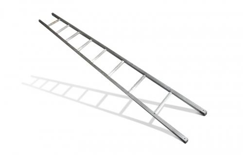 Приставная железная лестница