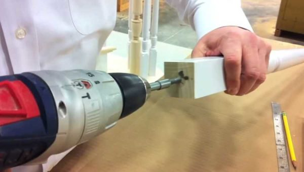 Под установку шкантов и резьбовых шпилек делают отверстия на 1-2 мм меньшего диаметра