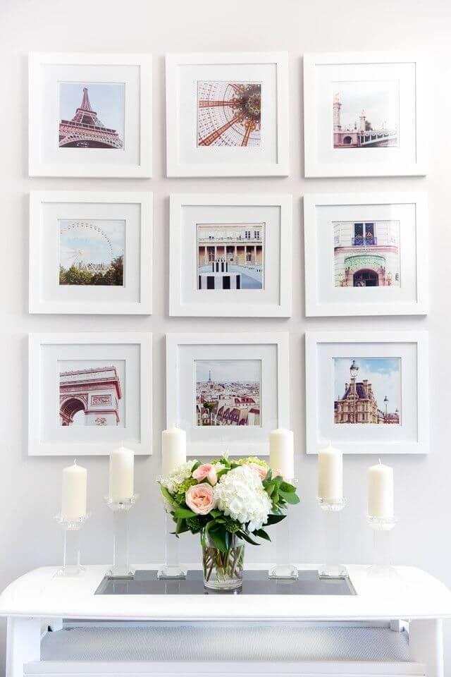 Обилие миниатюрных полотен, выполненных в светлых тонах, создает ощущение легкости и обилия света