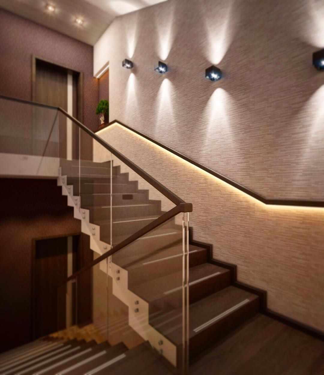 идея светлого интерьера лестницы в честном доме