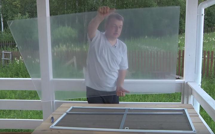 изготовление окна из оргстекла для вывода воздуховода напольного кондиционера