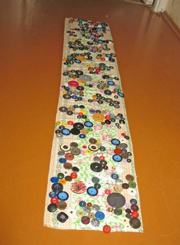 Массажные коврики своими руками для детского сада из пробок от пластиковых бутылок, каштанов, камней