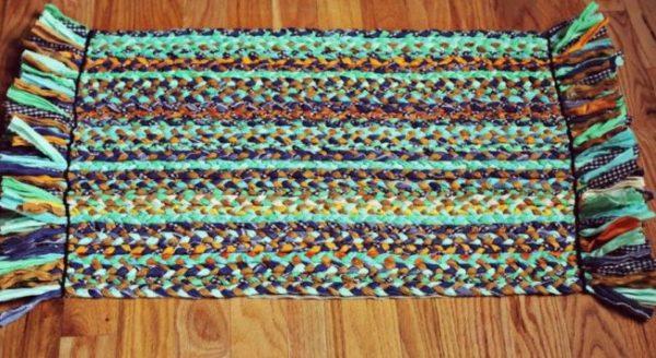 Прямоугольный плетеный коврик