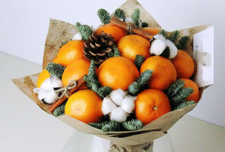 Новогодний букет из цитрусовых