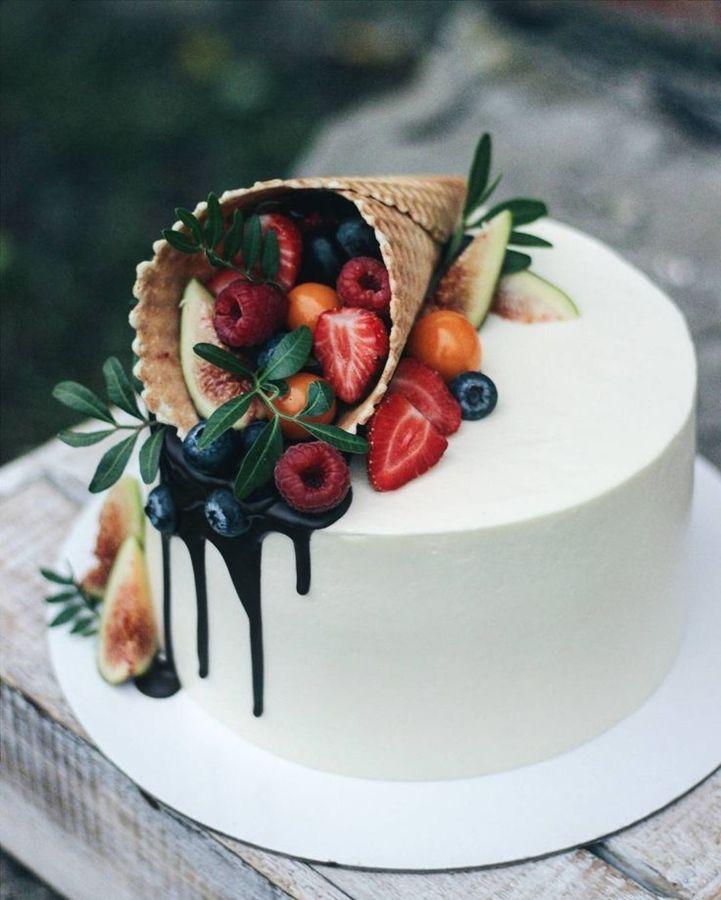 Фото tort ukrashennyj fruktami 14.