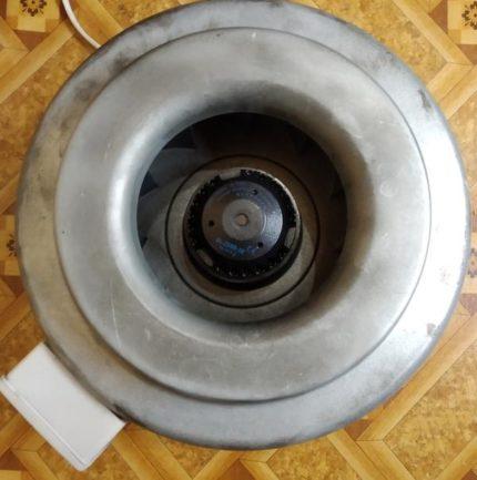 Канальный осевой вентилятор для приточной системы