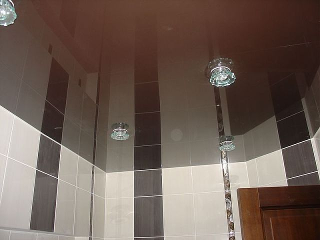 Реечные потолки в ванной