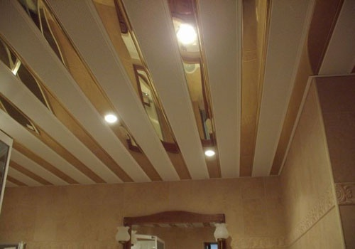 Реечный потолок в ванной комнате своими руками : правильный монтаж