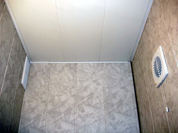 Монтаж пвх панелей на потолок : инструкция по приминению