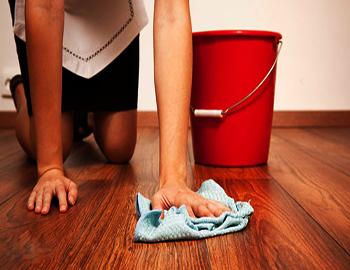 Чем отмыть зеленку с линолеума в домашних условиях?