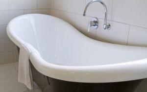 В чем преимущества реставрации ванн жидким акрилом?