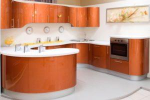 Кухни в Королеве с радиусными фасадами: плавные линии и изящный дизайн