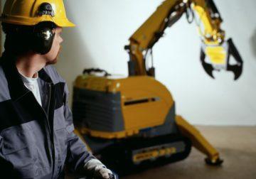 Как сделать строительный демонтаж безопасным с помощью роботов Brokk