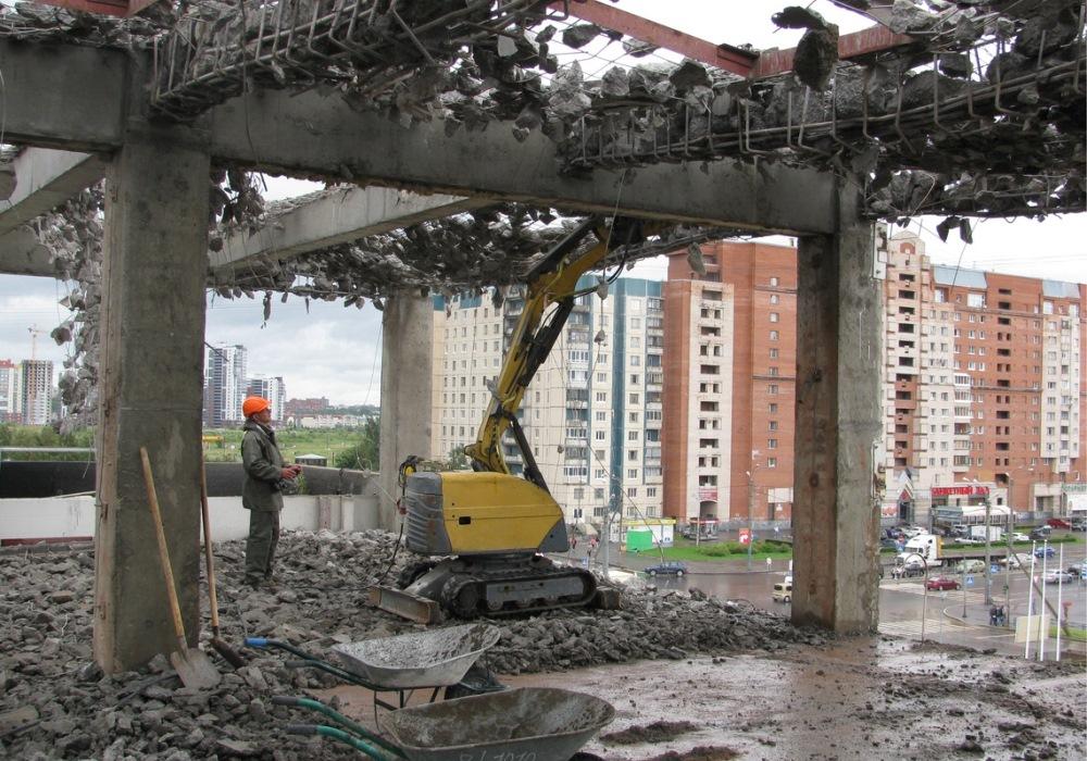 Роботы-разрушители Brokk эффективны для строительного демонтажа