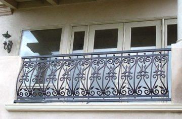 Кованые перила: ограждения для лестниц, крыльца, балкона