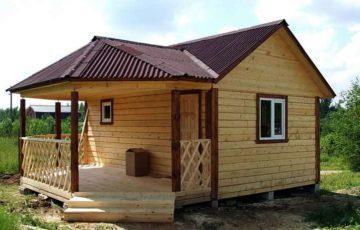 Баня с беседкой под одной крышей — односкатной, двускатной; с застекленной террасой, верандой, зоной барбекю