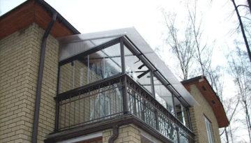 Крыша на балкон последнего этажа: виды, как установить крышу своими руками