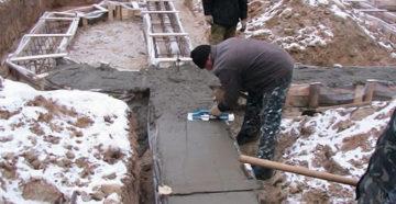 Можно ли залить фундамент зимой, особенности зимней кладки, алгоритм работы