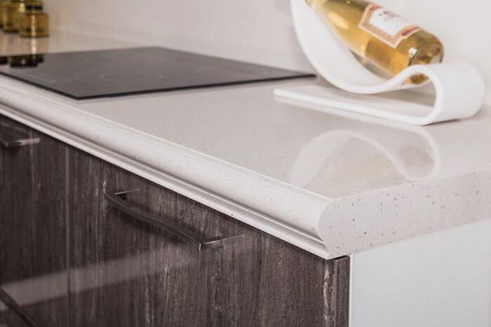 Столешница кухонная из искусственного камня